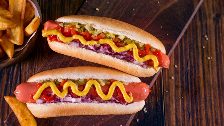 Can Humans Eat Raw Hot Dogs