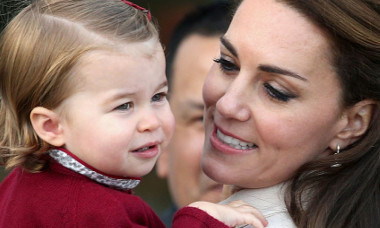 Kate_Middleton_and_Princess_Charlotte_s_best_style_moments (1)