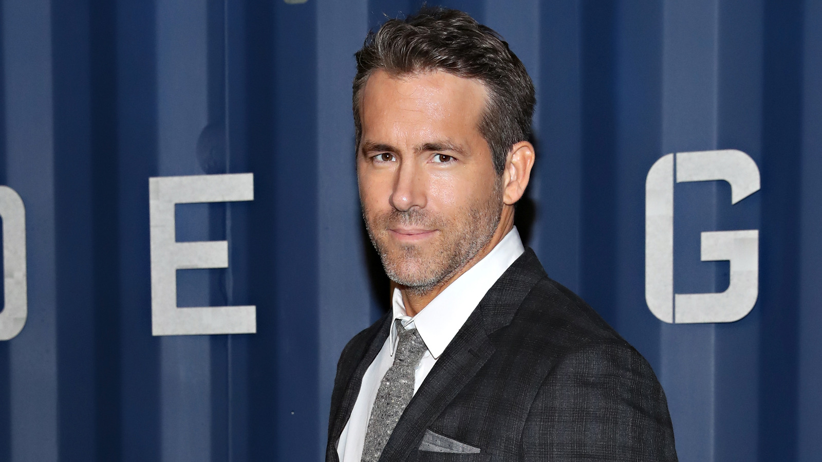 People love this long-lost Ryan Reynolds Netflix movie