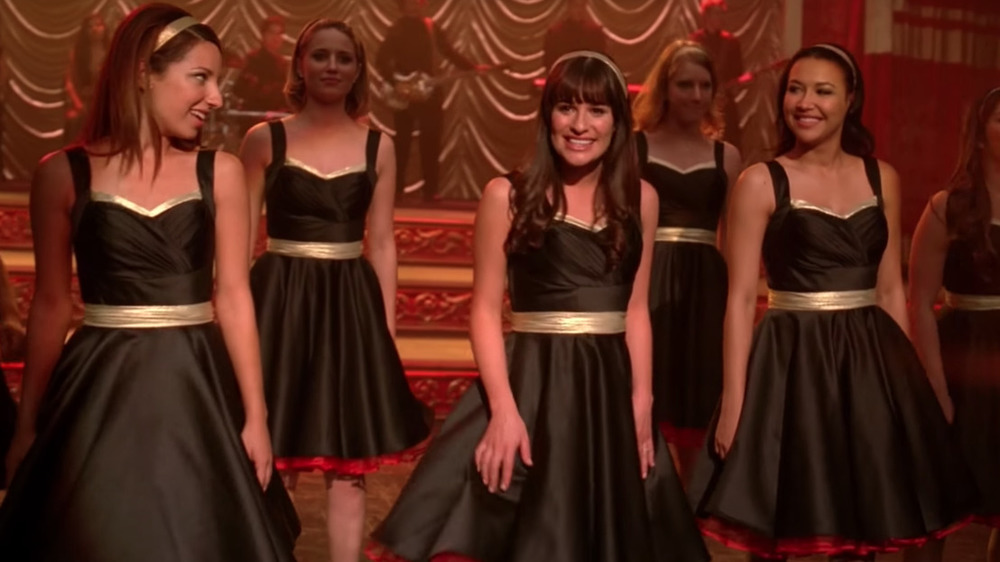 the Glee cast singing