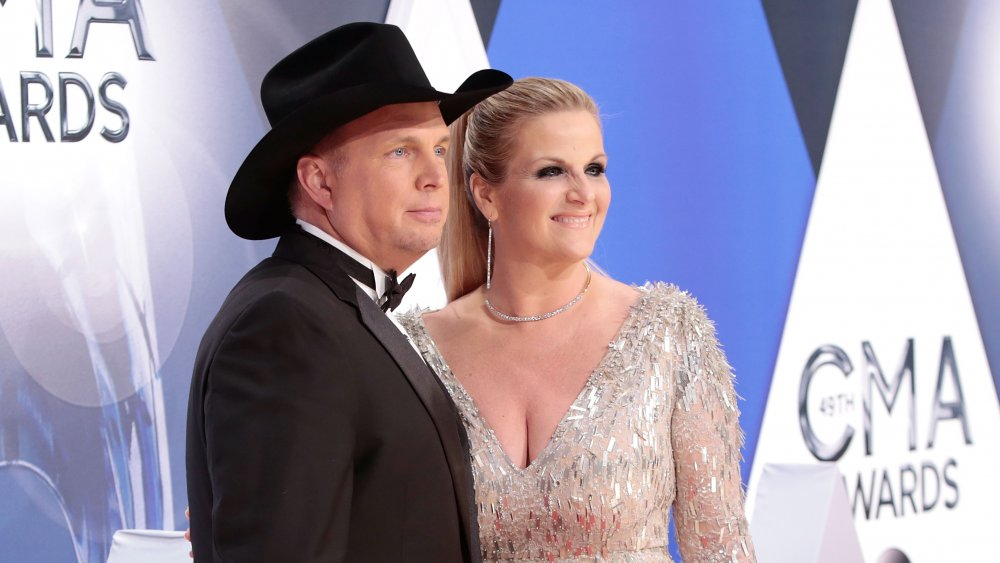Garth Brooks and Trisha Yearwood attend the 49th annual CMA Awards in 2015