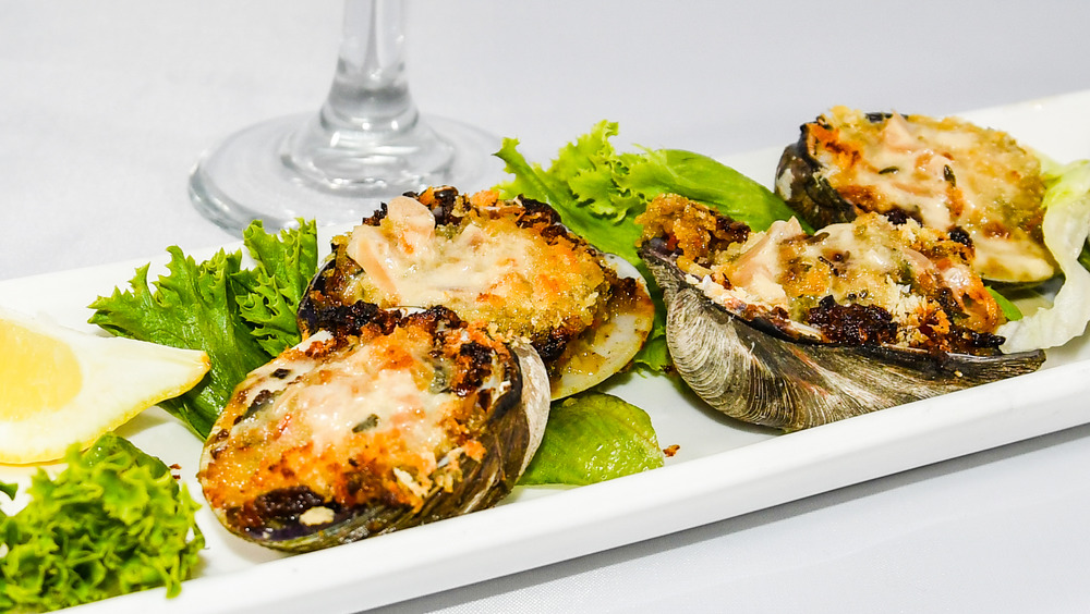 Clams casino with garnishes