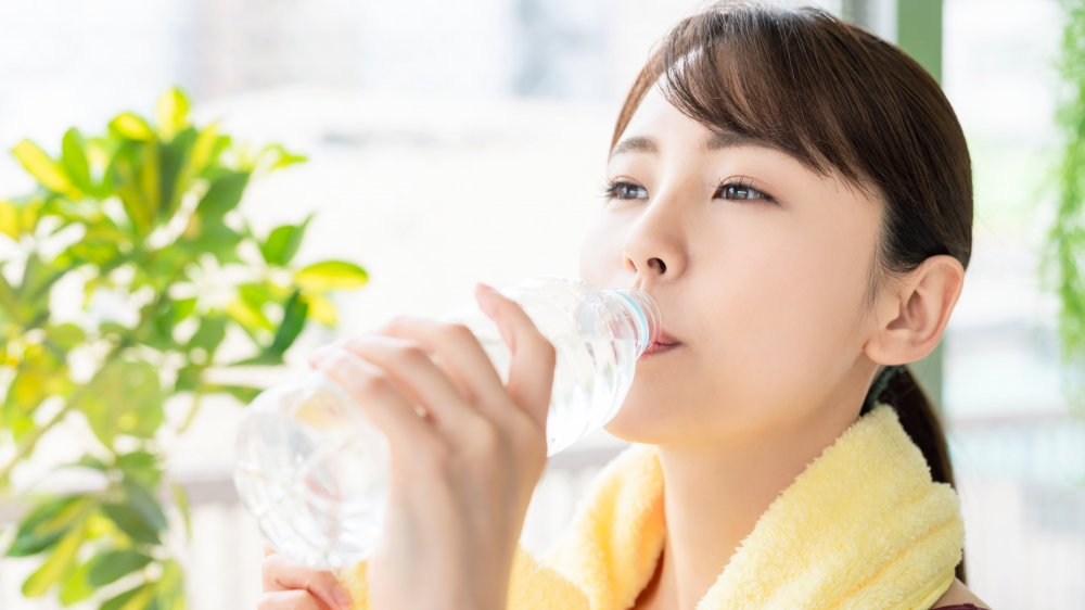 What happens to your body when you drink old water?