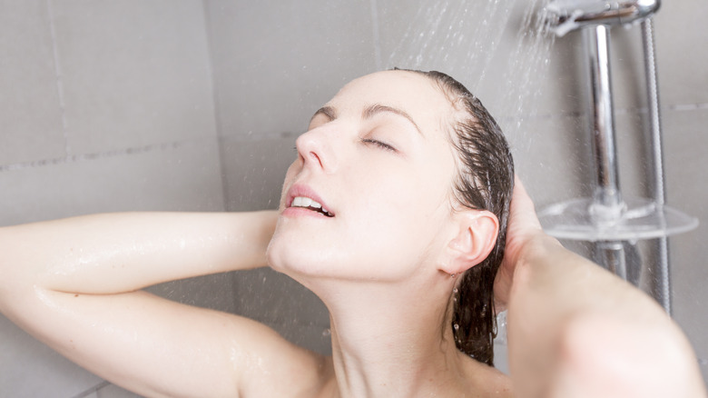 What happens to your body when you stop showering