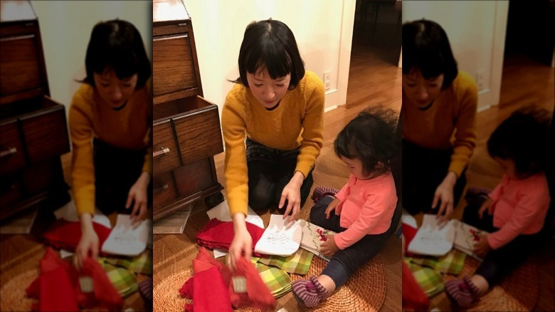 Marie Kondo cleaning at home